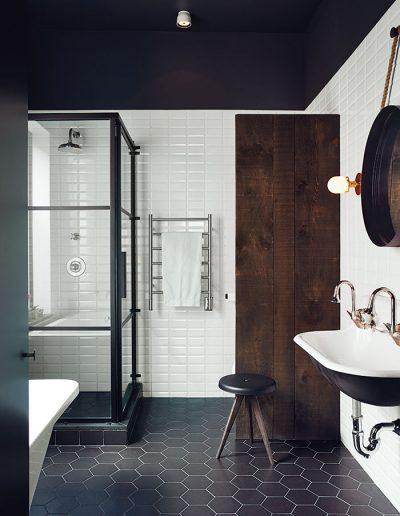 hitting-the-plateau-master-bath-black-white-tile